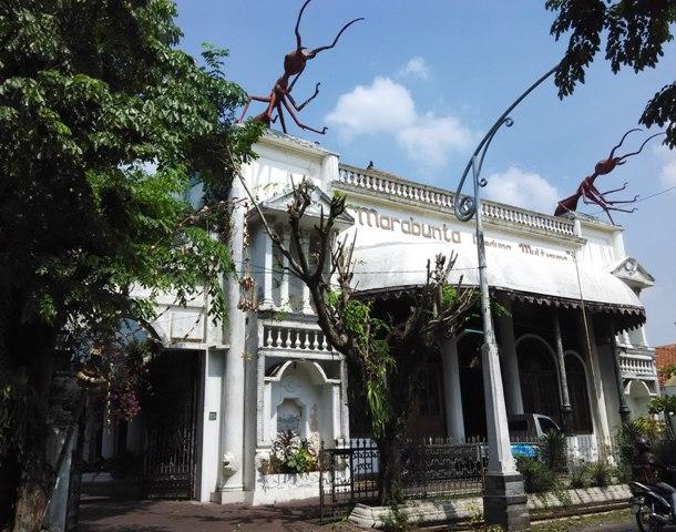 Tampak depan Gedung Marabunta